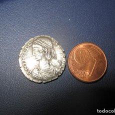 Monedas Imperio Bizantino: TEODOSIO II (10/01 / 402-28 / 07/450) FLAVIUS THEODOSIUS- PLATA 3,20 GR.. Lote 256047010