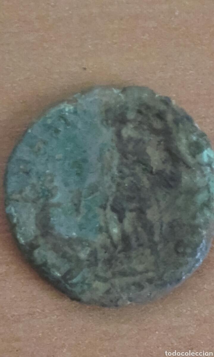 Monedas Imperio Romano: BRO 449 - MONEDA ROMANA IMPERIO ANVERSO EMPERADOR - REVERSO FIGURAS ESTILIZADA MEDIDAS SOBRE 25 M - Foto 5 - 99880995