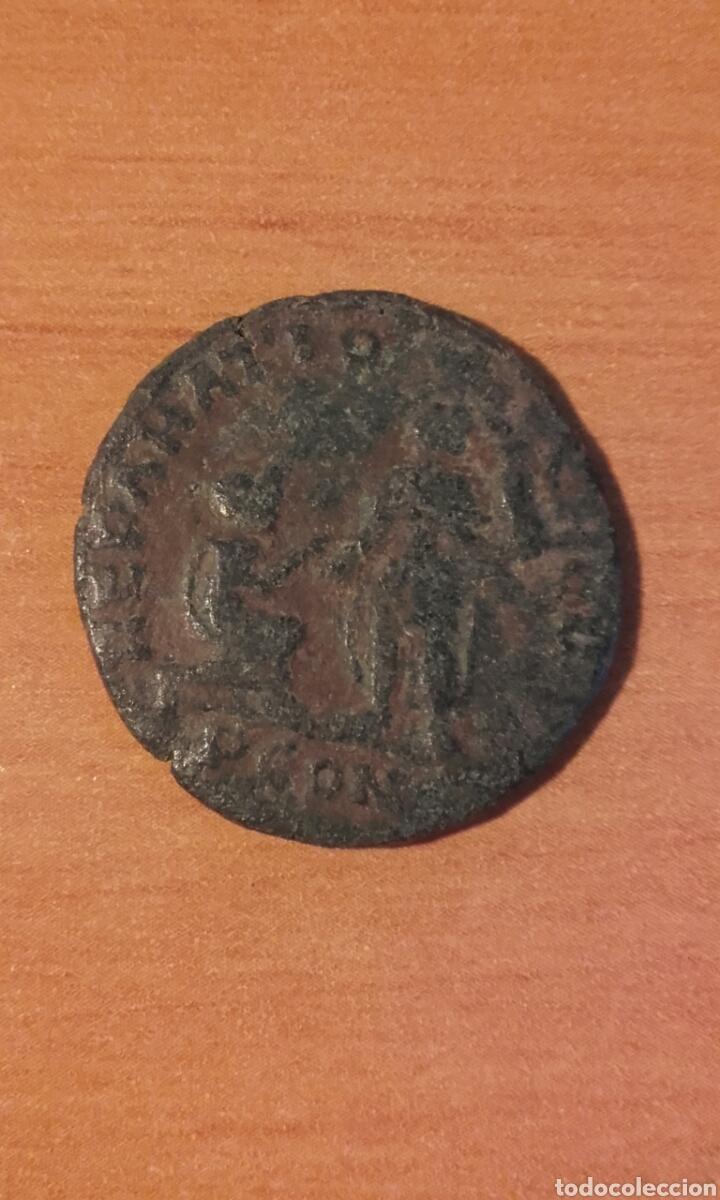 MONEDA 1002 ROMA IMPERIO - MONEDA ROMANA DE MAXIMO - ANVERSO EMPERADOR REVERSO FIGURAS - RE (Numismática - Periodo Antiguo - Roma Imperio)