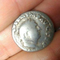Monedas Imperio Romano: DENARIO ROMANO VITELIO 69 DC 2,91 GR TRIPODE DELFÍN CUERVO CERTIFICADO AUTENTICIDAD. Lote 139622821
