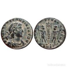 Monedas Imperio Romano: CONSTANCIO II COMO CESAR FOLLIS DE BRONCE. CONSTANTINOPLA. CONSΓ.. Lote 143816621