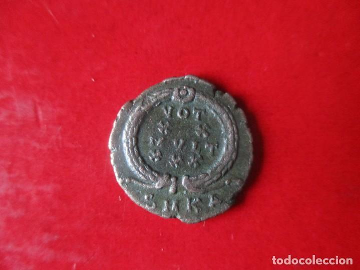 Monedas Imperio Romano: Imperio Romano. Constante I. pequeño bronce A.4 - Foto 2 - 146925122