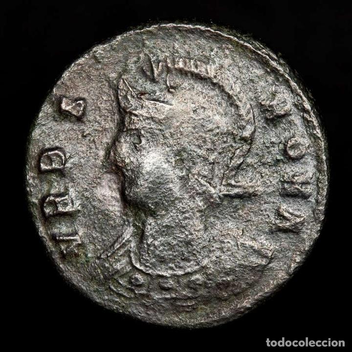 Monedas Imperio Romano: URBS ROMA - Follis acuñado en Tesalonica SMTS? Loba, Romulo y Remo - Foto 2 - 172396149