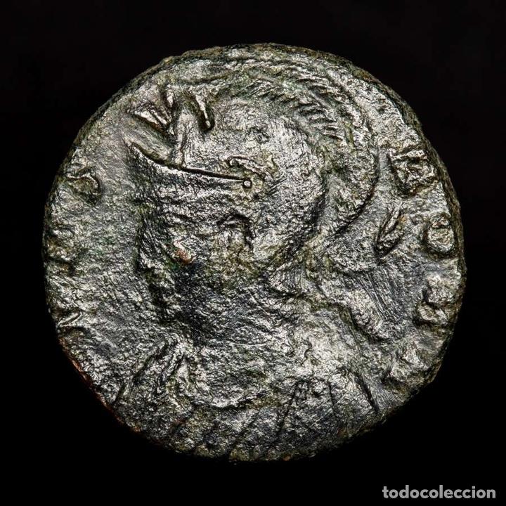 Monedas Imperio Romano: URBS ROMA, Follis, Bronce, Heraclea SMHB• Loba, Romulo y Remo (4360) - Foto 2 - 173557127