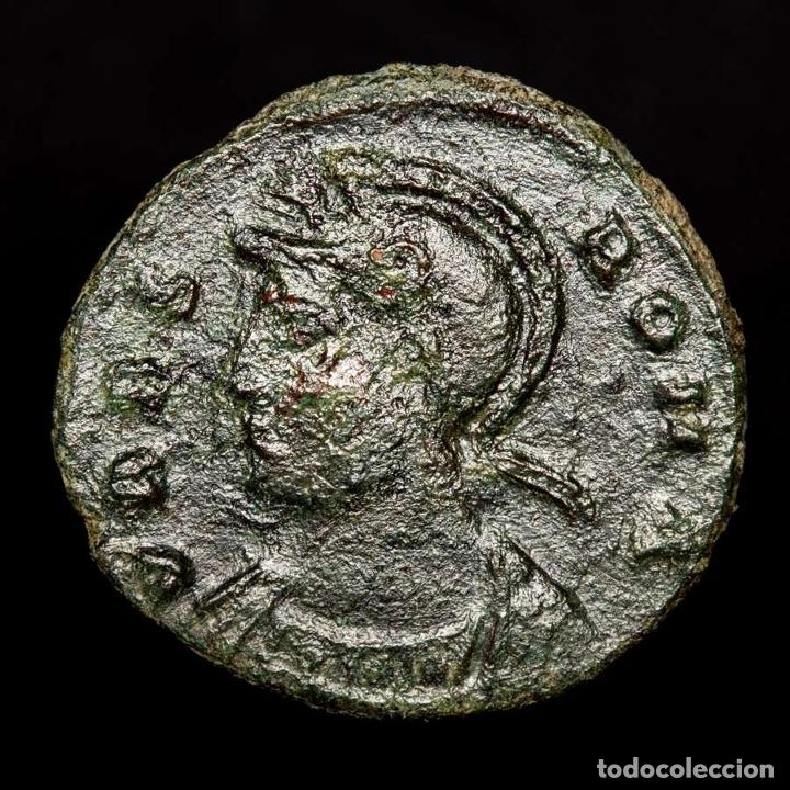 Monedas Imperio Romano: URBS ROMA, Follis, Tesalonica SMTSЄ Loba, Romulo y Remo (4376) - Foto 2 - 173557530