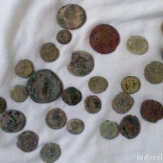 Monedas Imperio Romano: LOTE DE MONEDAS ROMANAS, PARA LIMPIAR Y CLASIFICAR. VER FOTOS.. Lote 180110070