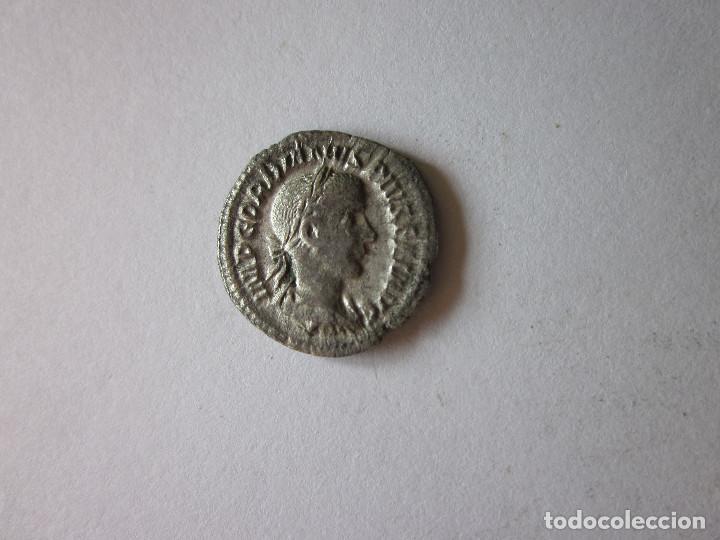 DENARIO DE GORDIANO III. PIETAS AUGUSTI. PLATA. (Numismática - Periodo Antiguo - Roma Imperio)