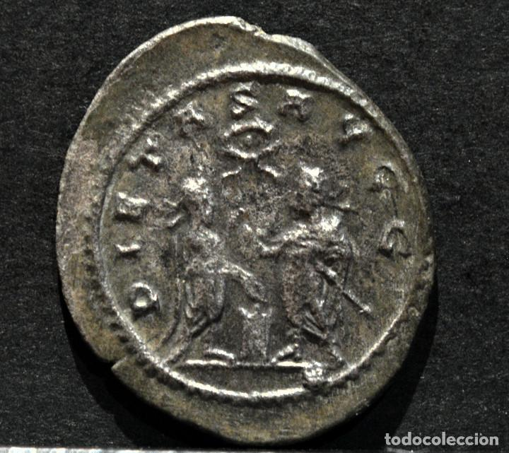ANTONINIANO DE GALIENO SAMOSATA 256-8 D.C. (Numismática - Periodo Antiguo - Roma Imperio)