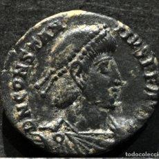 Monedas Imperio Romano: MEDIO CENTENIONAL CONSTANCIO II ARÉLATE 2º OFICINA 350-355 D.C. Lote 172378222