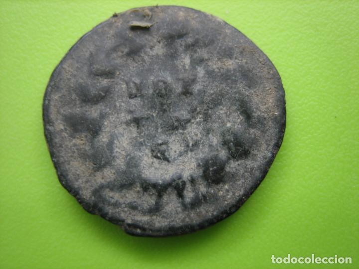 Monedas Imperio Romano: 4. Moneda Romana de Bajo imperio. A clasificar - Foto 2 - 188827155