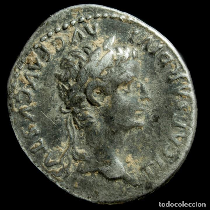 DENARIO DE TIBERIO - PONTIF MAXIM - 18 MM / 3.77 GR. (Numismática - Periodo Antiguo - Roma Imperio)