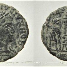 Monedas Imperio Romano: MONEDA DEL EMPERADOR CONSTANCIO II REVERSO GLORIA EXERCITUS CECA R*S ROMA. Lote 209873410