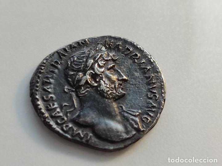 Monedas Imperio Romano: MUY RARO HADRIANUVS.. PMTRP COS III.AETERNITAS .sosteniendo bustos de sol y luna .3.13g Ref RIC II H - Foto 7 - 210460337