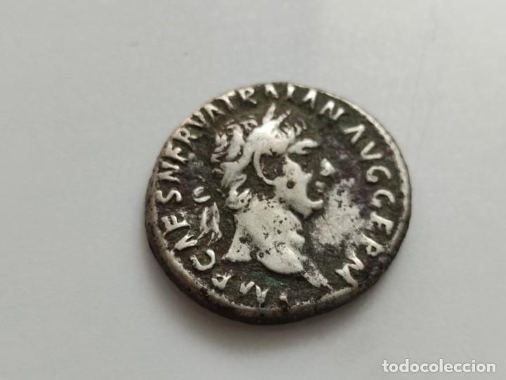DENARIO DE TRAJANO. PONT MAX TR POT COS II -CONCORDIA SENTADA A IZQ. CON CORNUCOPIA, SACRIFICIO EN (Numismática - Periodo Antiguo - Roma Imperio)