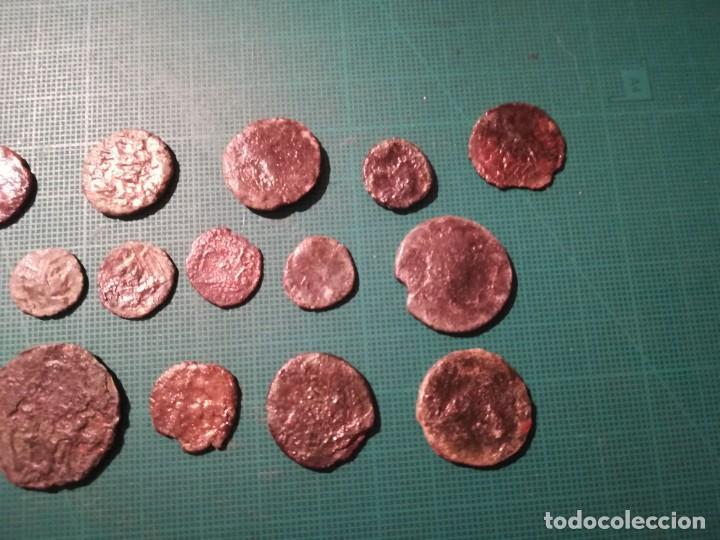 Monedas Imperio Romano: Lote de 20 monedas romanas a identificar (diferentes conservaciones) - Foto 2 - 236983285
