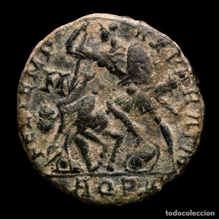 CONSTANCIO II, AE18. AQUILEIA. REPARATIO REIPVB/AQP PALMA. ESCASO. (Numismática - Periodo Antiguo - Roma Imperio)