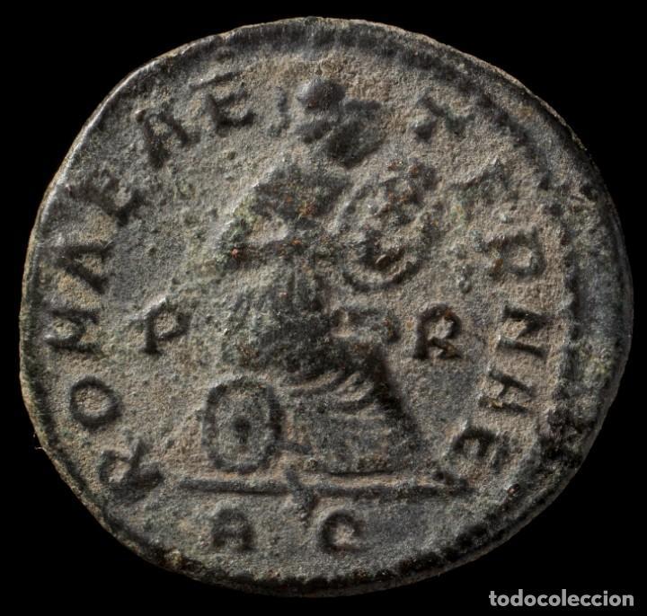 CONSTANTINO - ROMAE AETERNAE, ROMA - 19 MM / 3.32 GR. (Numismática - Periodo Antiguo - Roma Imperio)