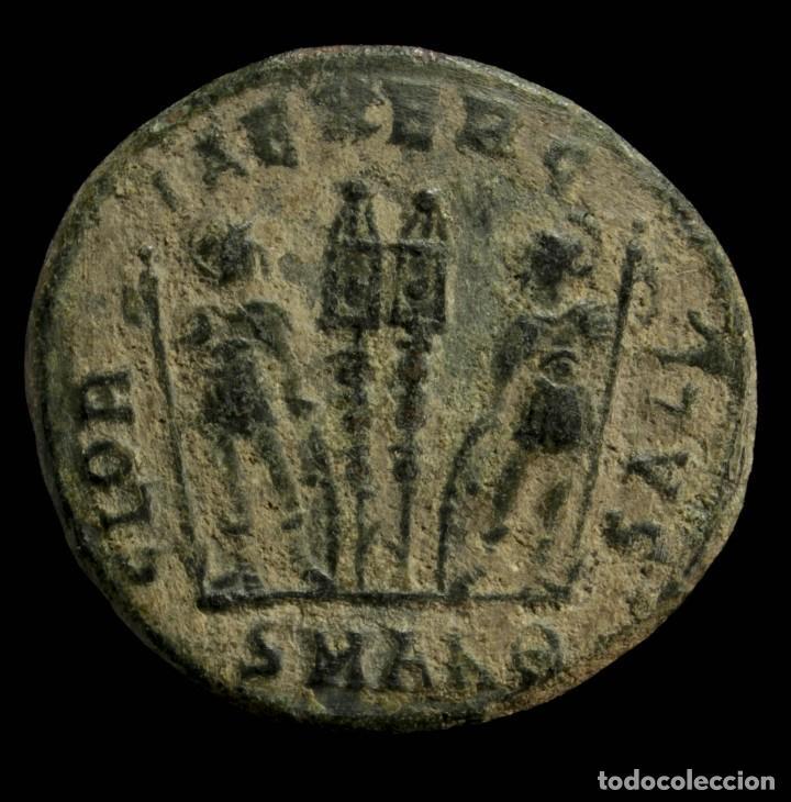 Monedas Imperio Romano: Constantino II - GLORIA EXERCITVS, Antioquia - 17 mm / 2.60 gr. - Foto 2 - 245398745
