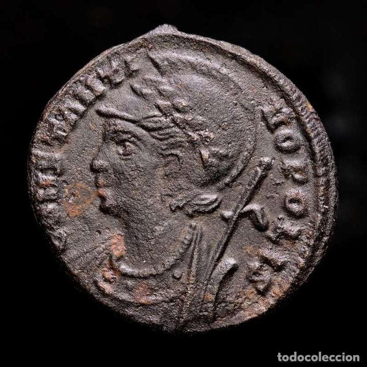Monedas Imperio Romano: Constantinopolis Follis conmemorativo Victoria en Proa F / AQS - Foto 2 - 254170575