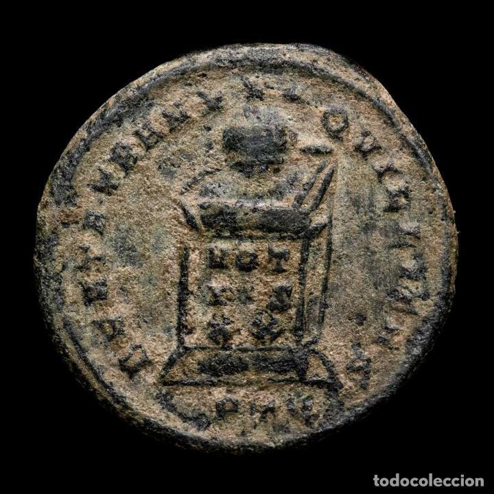Monedas Imperio Romano: Crispo Cesar Follis de Londres - BEATA TRANQUILITAS / PLON Altar - Foto 2 - 262380405