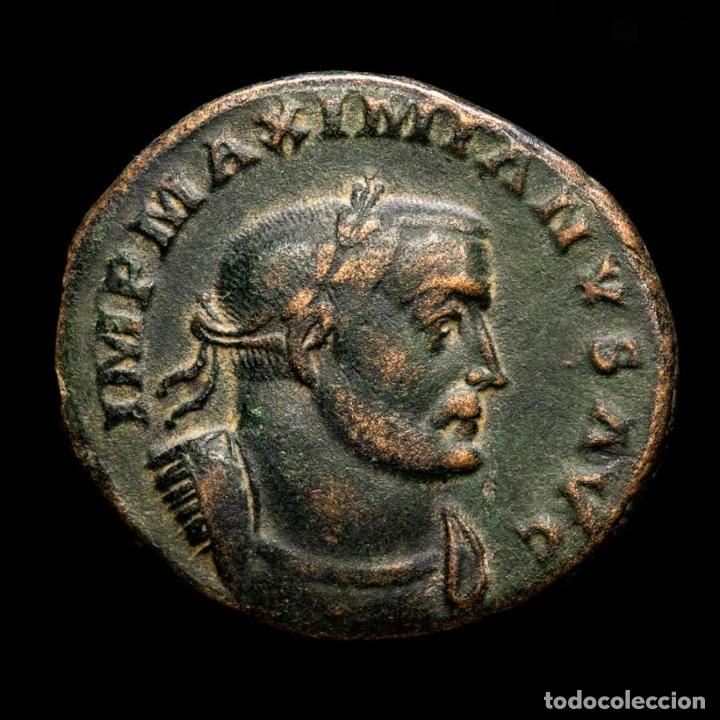 MAXIMIANO (286-305 DC.) FOLLIS DE LUGDUNUM - GENIO ALTAR - ✩ / PLG (Numismática - Periodo Antiguo - Roma Imperio)