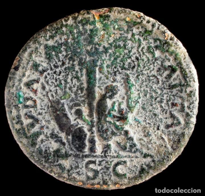 AS DE TITO - IVDEA CAPTA - 29 MM / 11.31 GR. (Numismática - Periodo Antiguo - Roma Imperio)