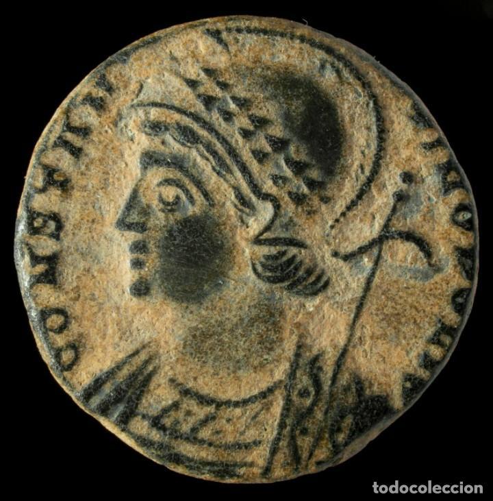 CONSTANTINOPOLIS DE CONSTANTINO, TRIER - 16 MM / 2.14 GR. (Numismática - Periodo Antiguo - Roma Imperio)