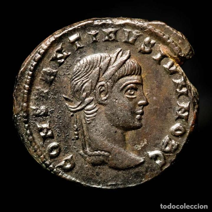 CONSTANTINO II, FOLLIS. ROMA. CAESARVM NOSTRORVM VOT X / RT (624) (Numismática - Periodo Antiguo - Roma Imperio)