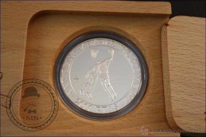 Monedas Juan Carlos I: Estuche FNMT - Olimpiadas Barcelona 92. Baloncesto - 1991 Serie 2 - 2000 Pts - Plata 925 - FDC/Proof - Foto 2 - 41333544