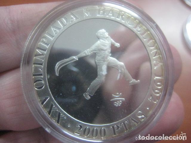 Monedas Juan Carlos I: 2000 PTAS.PLATA. SERIE II- XXV OLIMPIADA BARCELONA´92.- CESTA PUNTA - Foto 3 - 72136619