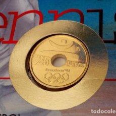Monedas Juan Carlos I: INTERESANTE CARTA NUMISMATICA 25 PESETAS DE LOS JUEGOS OLIMPICOS DE BARCELONA 92 EL LANZADOR. Lote 116383875