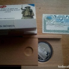 Monedas Juan Carlos I: 2000 PESETAS 8 REALES 1999 AÑO JUBILAR COMPOSTELANO SAN MARTIN DE FROMISTA ESTUCHE + CERTIFICADO. Lote 116927027