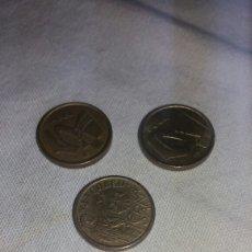 Monedas Juan Carlos I: LOTE DE MONEDAS DE 5 PTS DEL REY AÑO 93, 96 Y 99. Lote 128730444