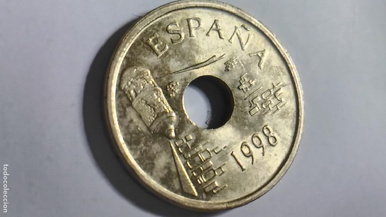 Monedas Juan Carlos I: MONEDA DE ESPAÑA. 25 PESETAS. AÑO 1998. CEUTA - Foto 2 - 129720035