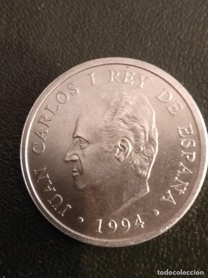 MONEDA DE 2000 PTS. DE JUAN CARLOS I EN PLATA (Numismática - España Modernas y Contemporáneas - Juan Carlos I)