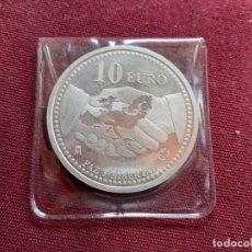 Monedas Juan Carlos I: 10 EUROS DE PLATA DE 2005. PAZ Y LIBERTAD. Lote 194881097