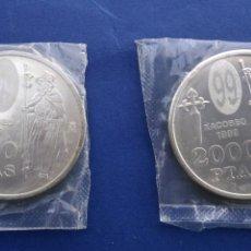 Monedas Juan Carlos I: 2 MONEDAS 2000 PTA. JUAN CARLOS I , XACOBEO , SANTIAGO 1999. Lote 195089826