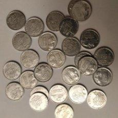 Monedas Juan Carlos I: 27 MONEDAS DE 1 PESETA, REY JUAN CARLOS I, VARIOS AÑOS. Lote 196026355