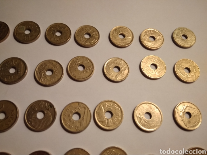 Monedas Juan Carlos I: 45 monedas de 25 pesetas década los 90. - Foto 10 - 210979256