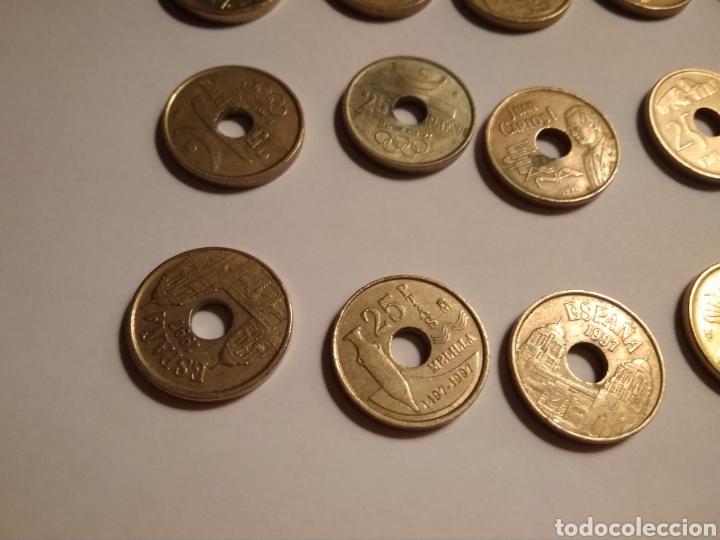 Monedas Juan Carlos I: 45 monedas de 25 pesetas década los 90. - Foto 14 - 210979256