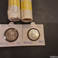 Monedas Juan Carlos I: LOTE 2 MONEDAS DE 200 PESETAS 1992 JUAN CARLOS I OSO Y ANTORCHA ESPAÑA S/C SACADA DE CARTUCHO. Lote 220114697