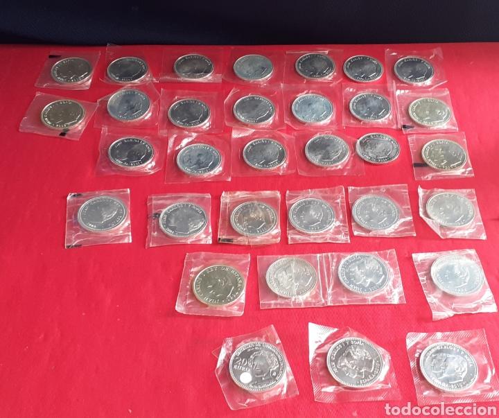 LOTE DE MONEDA DE PLATA DE 20 EUROS Y 12 EUROS Y 2000 PESETAS (Numismática - España Modernas y Contemporáneas - Juan Carlos I)