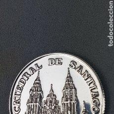 Monedas Juan Carlos I: MONEDA DE PLATA FINA 999. AÑO JUBILAR COMPOSTELANO AÑO 1999. CATEDRAL DE SANTIAGO DE COMPOSTELA.. Lote 232948270