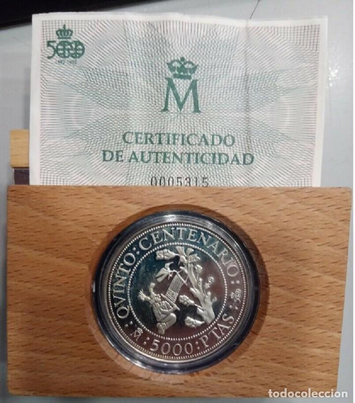 Monedas Juan Carlos I: 5000 PESETAS 1990 V CENTENARIO FDC - Foto 2 - 233504360