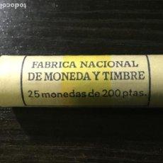 Monedas Juan Carlos I: CARTUCHO MONEDAS JUAN CARLOS I - 25 MONEDAS 200 PESETAS 1988. Lote 236637270