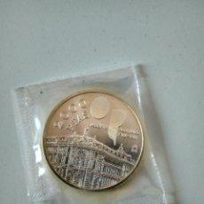 Monedas Juan Carlos I: MONEDA PLATA 2000 PESETAS AÑO 1994 BANCO DE ESPAÑA. ASAMBLEA FMI - BM. MADRID. CON BOLSA ORIGINAL.SC. Lote 243594535