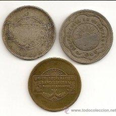 Monnaies locales: 3 FICHAS COOPERATIVAS DE 10 CTS. 1 Y 5 PTS. UNION COOPERATISTA BARCELONA. MBC. Lote 26593947