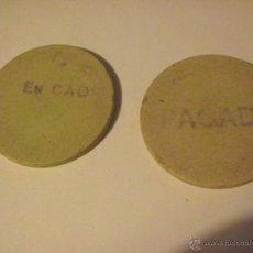 Monedas locales: 2 FICHAS DE BAQUELITA CREO QUE DE UN CASINO..LLEVA IMPRESA COMO EN TINTA LAS PALABRAS PAGADO . Lote 105933638