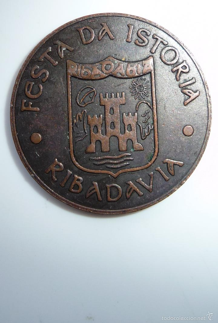 Monedas locales: FICHA, TOKEN, JETÓN MONEDA DE 5 MARAVEDÍS UTILIZADA EN **FESTA DA ISTORIA** RIBADAVIA-OURENSE - Foto 2 - 97344866