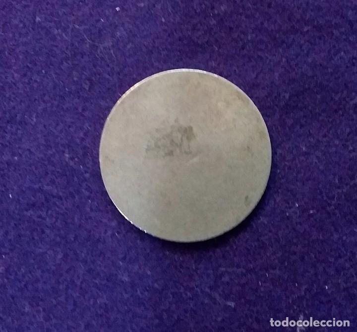 Monedas locales: FICHA ORIGINAL DE BARCELONA DE COOPERATIVA LA ECONOMIA OBRERA. 2 PESETAS. - Foto 2 - 68718797